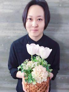 4月スタッフ写真更新です!!~valentine