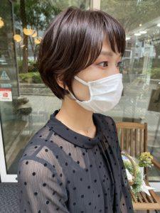 伊藤顔周りインナーフレームカットで柔らかな印象に